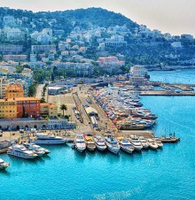 image of the French Riviera Bay